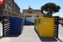 Foto contenidors plaça de l'església