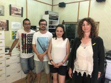 D'esquerra a dreta: Ferran Monterde (La Cultura No Val Res), Antoni Escañuela (tècnic de so), Núria Carné (regidora de Comunicació), Míriam Viaplana (directora de Ràdio Caldes)