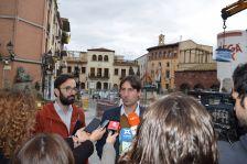 L'alcalde Jordi Solé i el regidor de Via Pública Jaume Mauri han explicat els detalls de la inauguració de la plaça